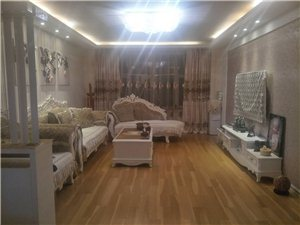 鸿基名苑3室2厅2卫80万元