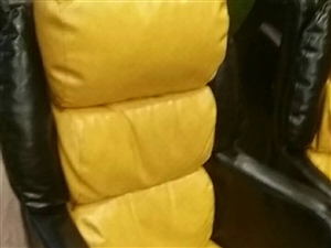 沙发椅子,可用于网吧一共30来个,家用也可。原价450,滨城区中央公园王者手咖