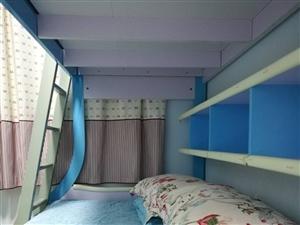 儿童高低床,购于2015年,上铺1.0米,下铺1.2米,带两个床垫。买了后基本没人睡,一直处于闲置状...
