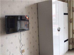 兼并故居楼1室1厅1卫1250元/月