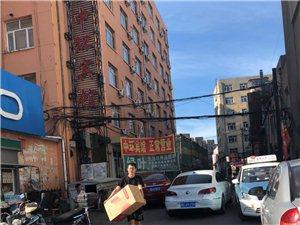 龙门小区通道被装修门店影响