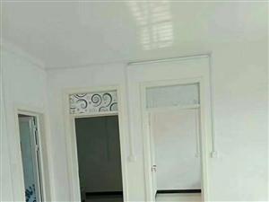 中心路2室1厅1卫650元/月