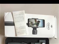 大疆手机云台OSMO2,9成新,到现在最多用了5会。 微信:1743605783