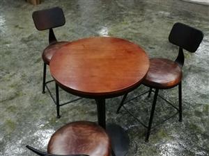 三套休闲小桌,高质量高品质!一张桌子三张椅子为一套,联系方式 18716185977