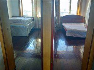 农机家属6楼2室1厅1卫583元/月