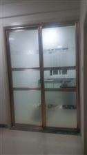 老汽车站程庄浴池后2室1厅1卫一室一厅550元/月