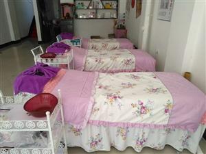 美容床九成新,带床上四件套,200一张床,凳子50,美容车80一个