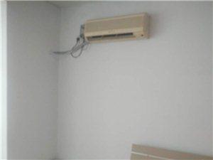 翠屏东南1室1厅1卫1000元/月