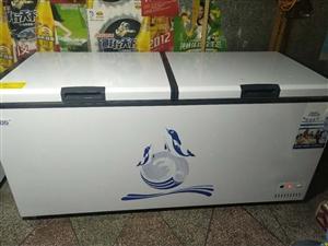 大冰箱出售,才��I2��月,1米8�L。�系��:13368651039