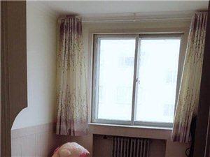 格尔木卫生小区3室2厅1卫1600元/月