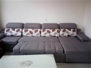 因为搬家,原来楼房家具有沙发一套,沙发可以拉出来变成大床,大理石茶几一套,大理石餐桌?#27597;�_首?#19968;套,大...