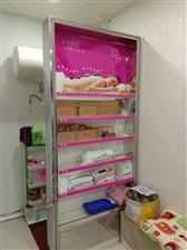 美容店不干了展示柜和吧台便宜出售需要的联系我15255797975