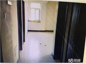 响河商街3室 1厅 1卫550元/月