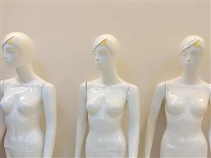 买女装模特15个多买优惠价格面议电话13846115377