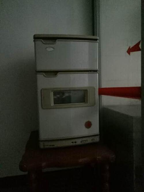 实用的柜式消毒柜,居家首选。