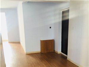 泛华城市广场3室 2厅 2卫1200元/月