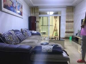 九龙坡杨家坪盘龙商圈精装3室 2厅 1卫125万元