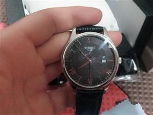 出售天俊手表,原價二千多,九成新,用了兩個月,所有東西完好無損,包郵