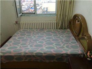 单室出租水游城小区实体墙洗澡宽带洗衣机600月付