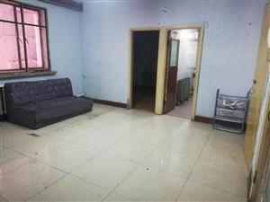 3楼正楼暖和2室 5800元/年