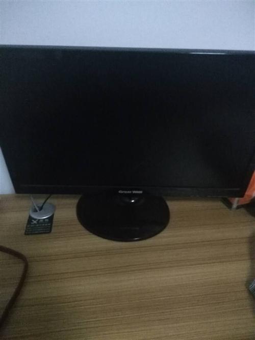 家用高配置電腦低價出售。