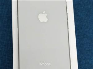 个人转让苹果8 256G  四月份买的,没有磕碰在保修期内。详情联系:a17154780691