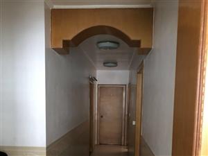 凤山新城3室 2厅 2卫110万元