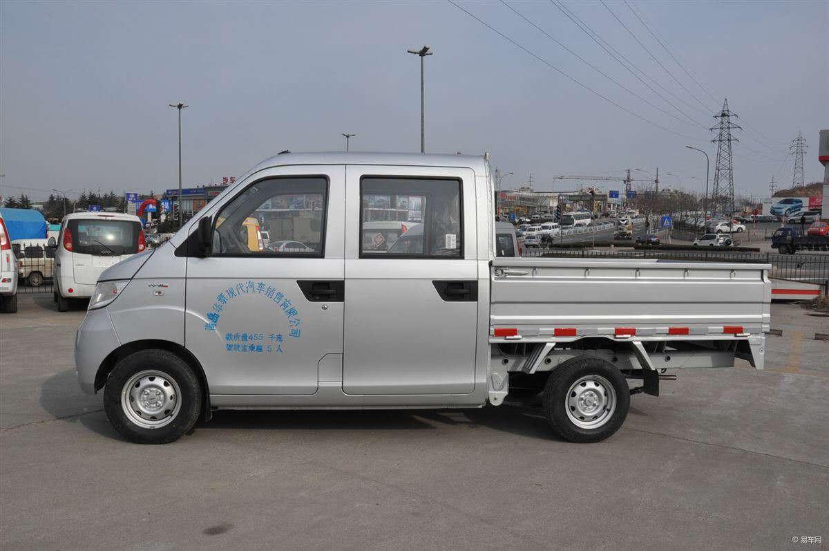 求購汽油小雙排貨車一輛