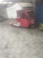 出售小吃车,九成新,长2米,宽1.5米,联系电话,15076263668,13731683030