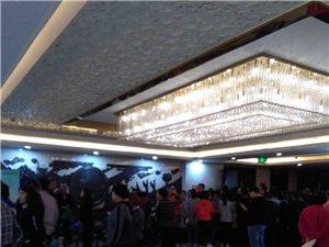 澳门龙虎斗网站汉鼎酒店八楼,医师刷学分现场,非常混乱