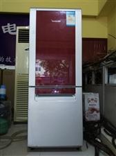 出售一台容声冰箱179L,要的从速。地址:江南镇
