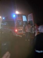 客运站附近发生车祸