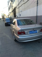 2003款宝马520i