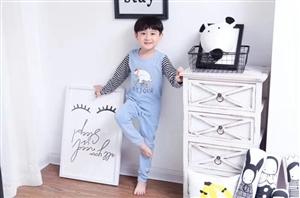 源自韩国的高端家居服品牌蓝狗,码段:90/110 ,120/140 ,150/170,40%莱卡,6...