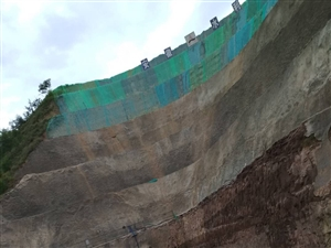 一个大坝能产生一瓢水吗?