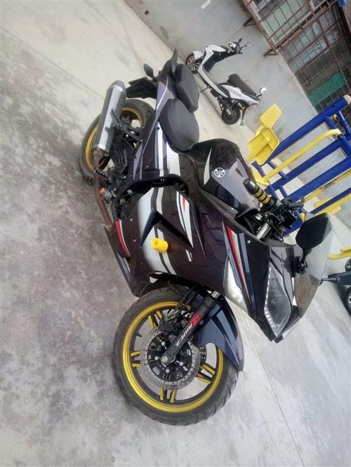 宝莱趴赛摩托车250,由于在外上班没怎么骑,跑了一千多公里,买小车了,欲澳门银河网站
