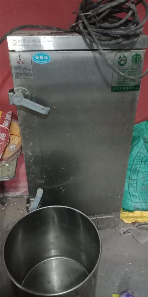 本人饭店不干了     厨房用具出售   物美价廉