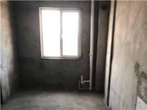 东城同行业3室 2厅 1卫45万元