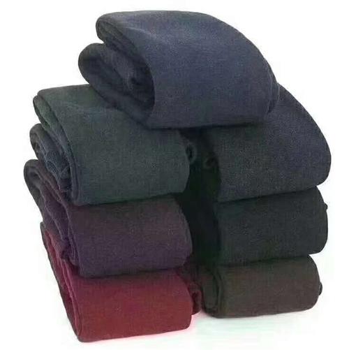 由于怀孕。存的一批绒裤急着出售,只要有量就有价,少量十元批。。。卖十五二十随你,。。有意的加我聊聊8...