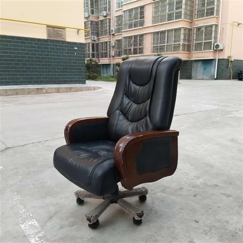 老板桌及老板椅