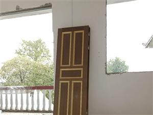 老房子�T窗�理,���四�_的大�T,9��防�I�T,12��四�_的�X合金窗,需要的�系18184363257,...