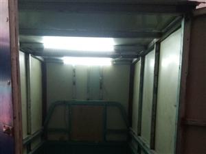 快递三轮车转让。车厢长1.5ⅹ1米,配置电动雨刮器,坐垫顶部前置照明灯,车厢内置照明灯,车况好载重量...