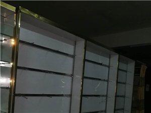 正在用的八成新的柜台,因店面升级装修,闲置出售有相中的联系!