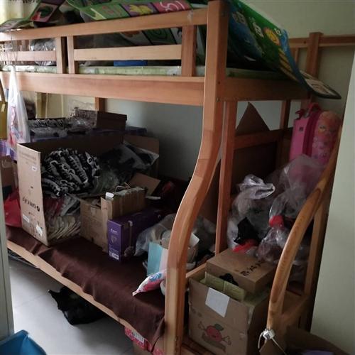 出售:儿童床上下铺全新,下铺1.2米,上铺1米,长2.5米带楼梯