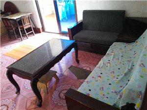 住房二室一厅一厨一卫带阳台带基本家俱套间出租