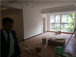 市政府旁紫金学苑学区房大户型251面积单价不过三千