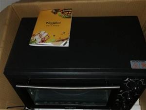 全新的电烤箱,买来一次也没用,30升,京东上的299买的,有需要的便宜处理