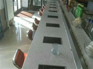 本人有旋转小火锅20个座位的设备,还有麻辣烫设备及冰柜保鲜柜。集体转让。价格美丽[勾引][勾引]微信...