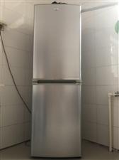 海尔冰箱,大容量,九成新。
