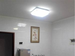 蓝溪国际水晶城1室 1厅 1卫精装修高楼层30万元
